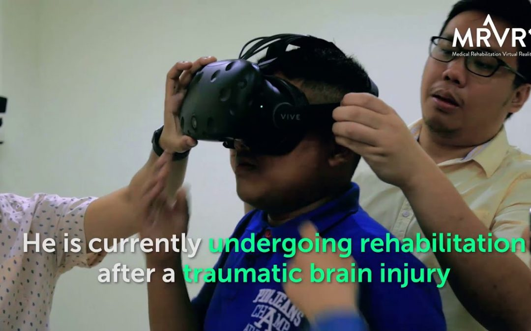How can virtual reality help patients with brain injury?