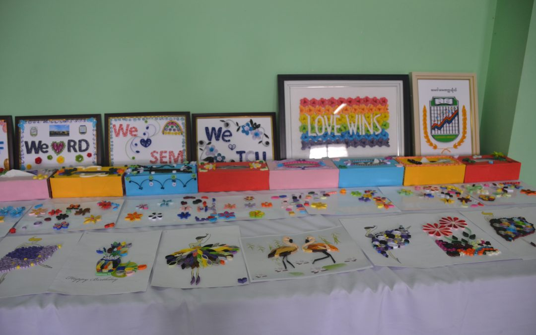 Training on Paper Art and Crafts